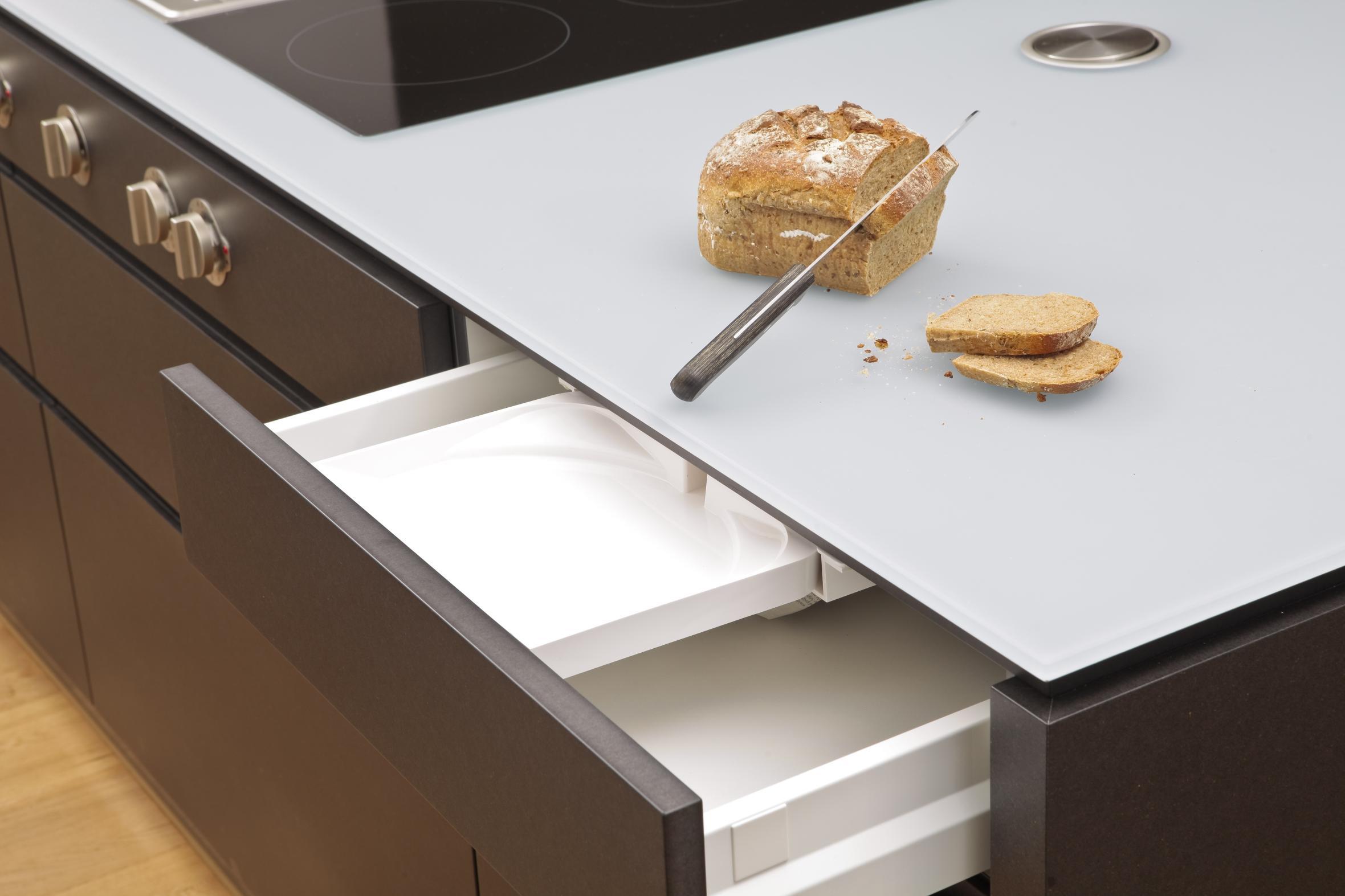 die kr mel schublade. Black Bedroom Furniture Sets. Home Design Ideas